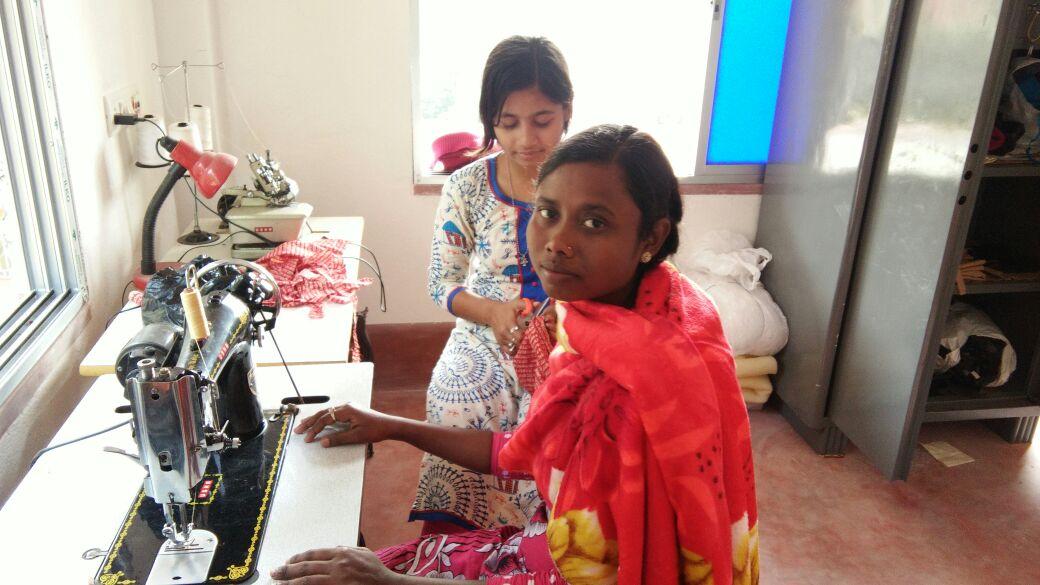 ong inde projet solidaire pour l 39 autonomisation des femmes en inde. Black Bedroom Furniture Sets. Home Design Ideas